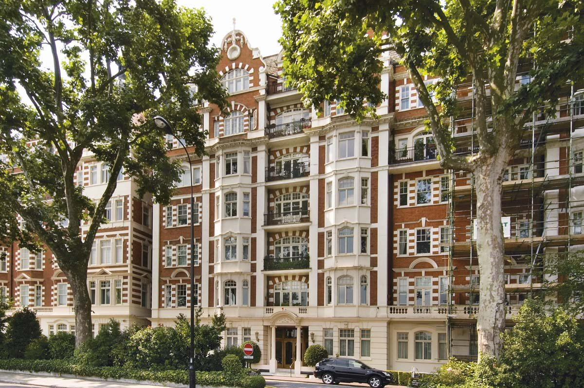 North Gate, St Johns Wood, London, NW8