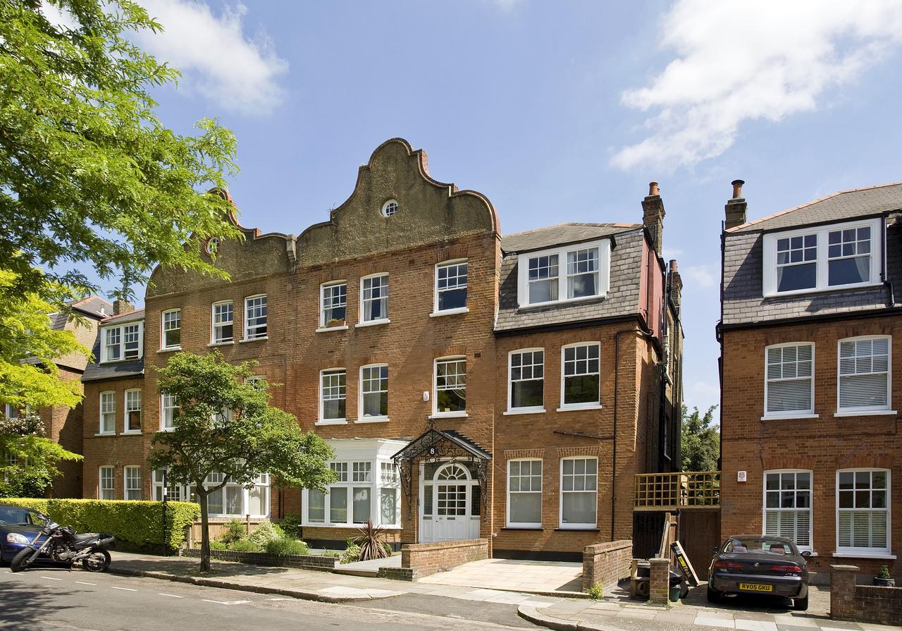 Kidderpore Gardens Hampstead, London, NW8