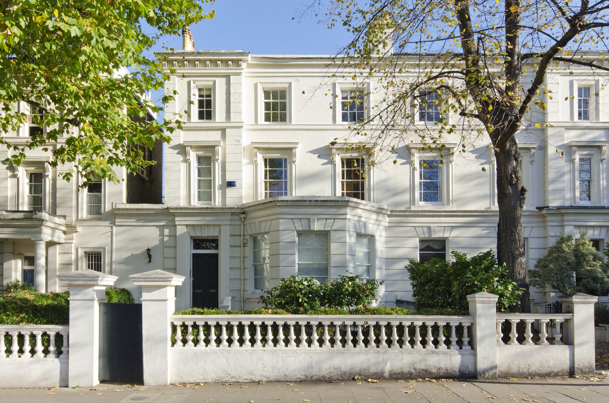 Warwick Avenue , London, W9